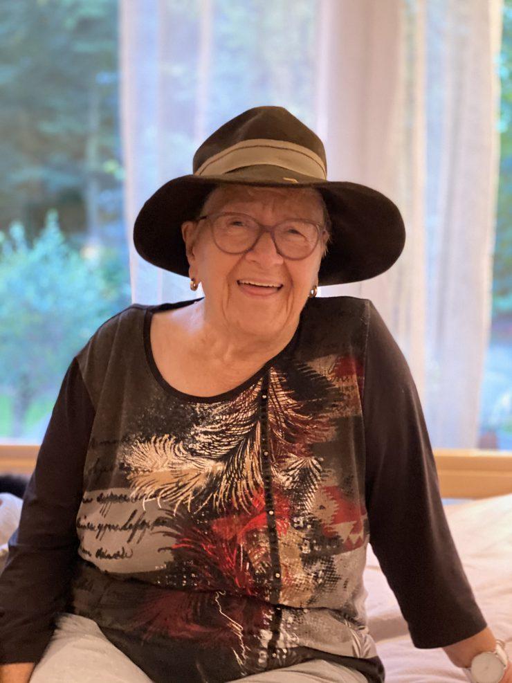 Reife Oma Hat Es Immer Noch Drauf